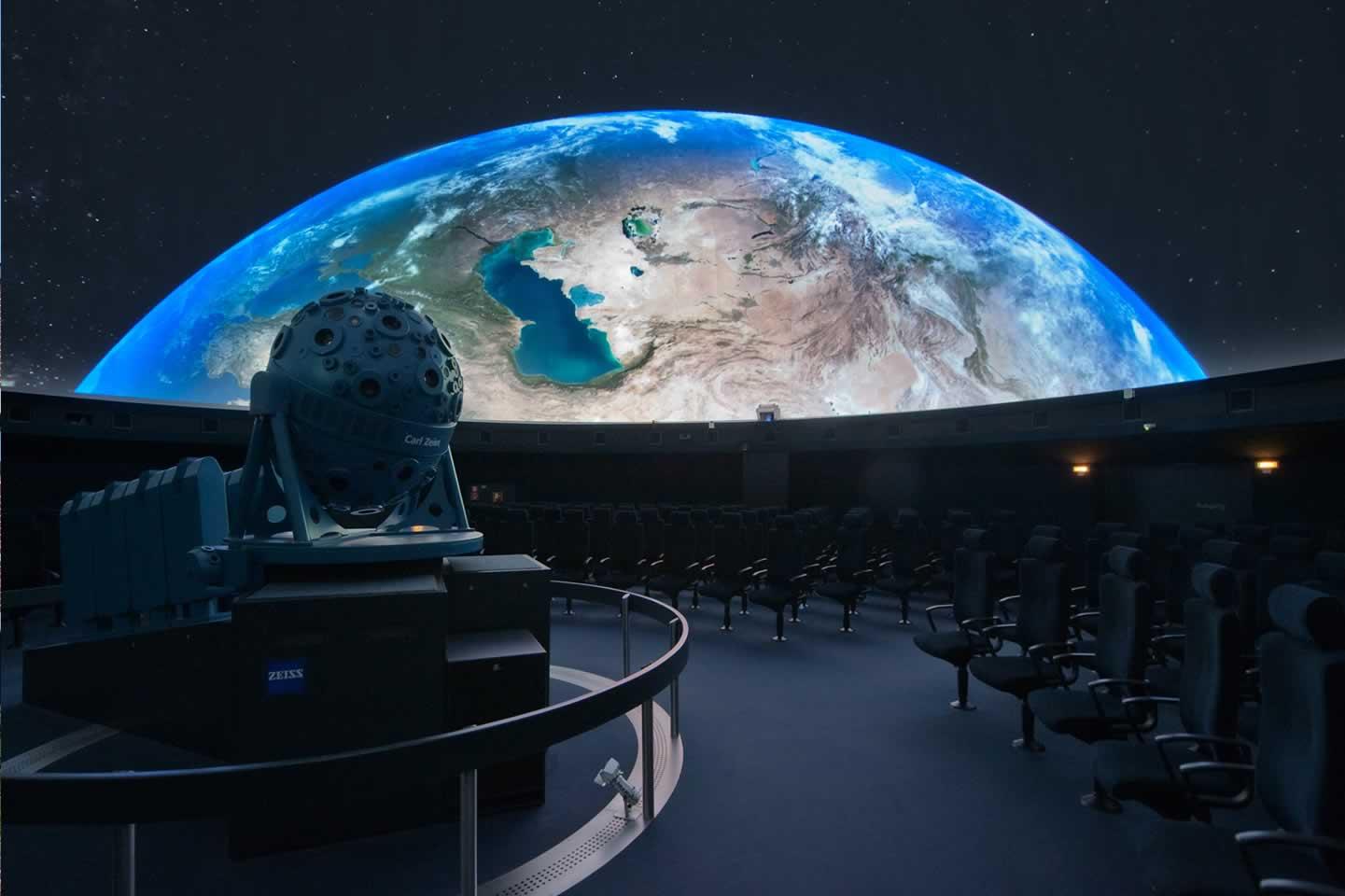 Космический туризм: путевка до Луны и обратно