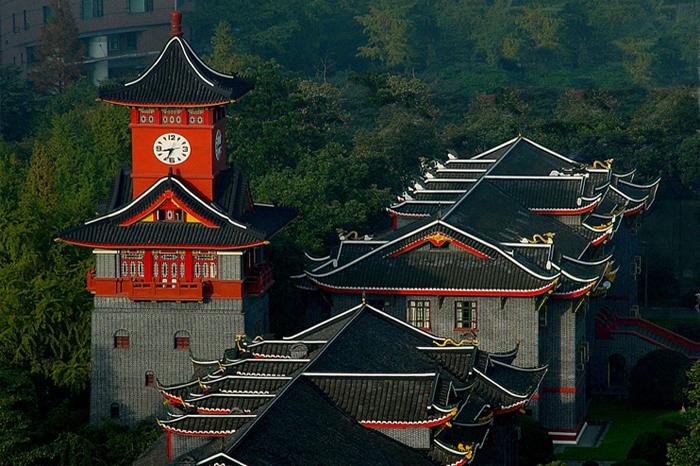 Топ 5 самых красивых университетов в Китае
