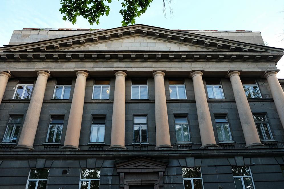 Петербургские активисты против сноса здания НИИ