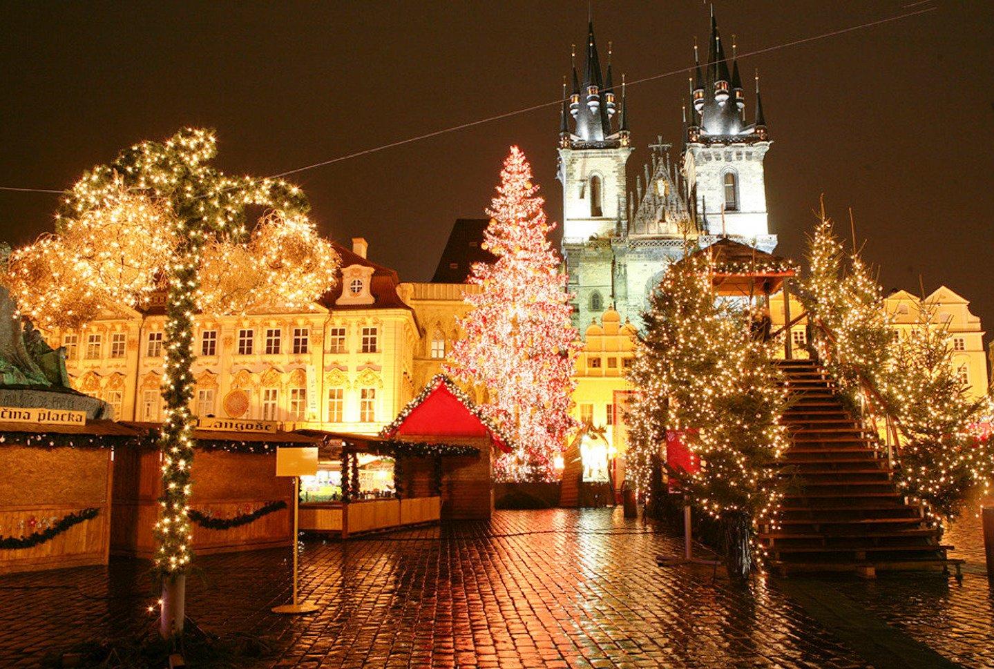 5 лучших мест в Европе, где можно провести незабываемые новогодние праздники