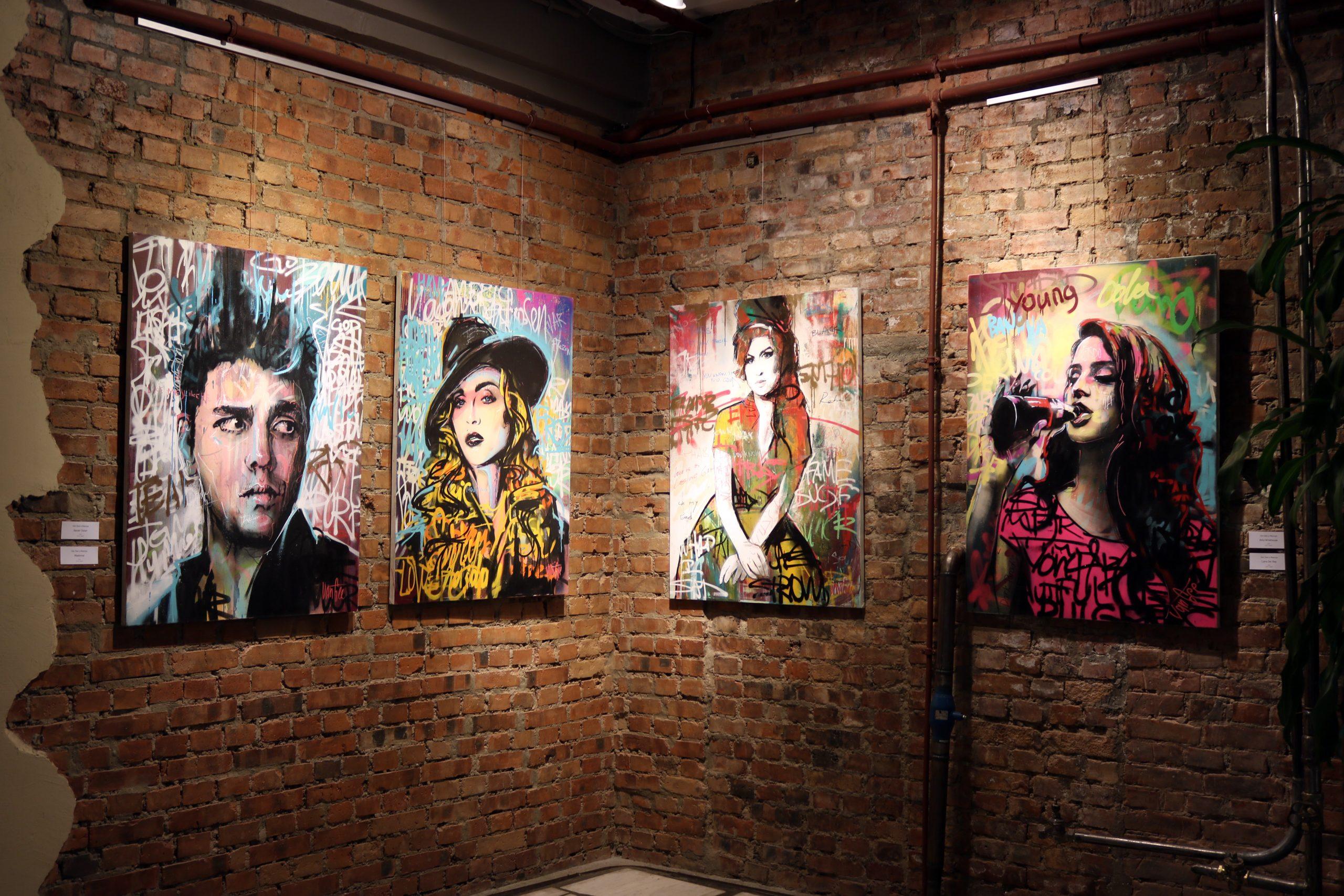 """Новая выставка"" творческого тандема art PlusODIN"