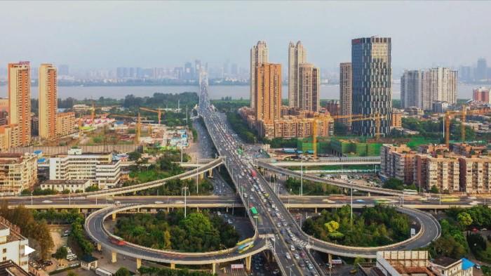 5 документальных фильмов, которые познакомят вас с самым настоящим Китаем