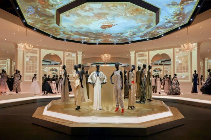 Christian Dior приглашает на онлайн-выставку Designer of Dreams