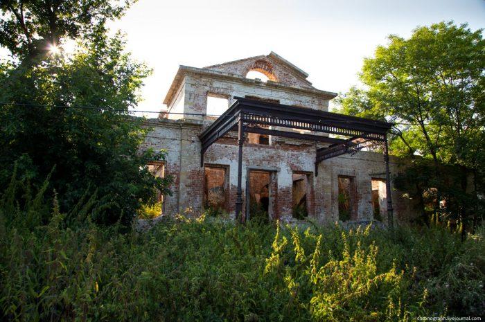 Орловские руины: 10 разрушенных дворянских усадьб